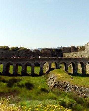 Messinian castles